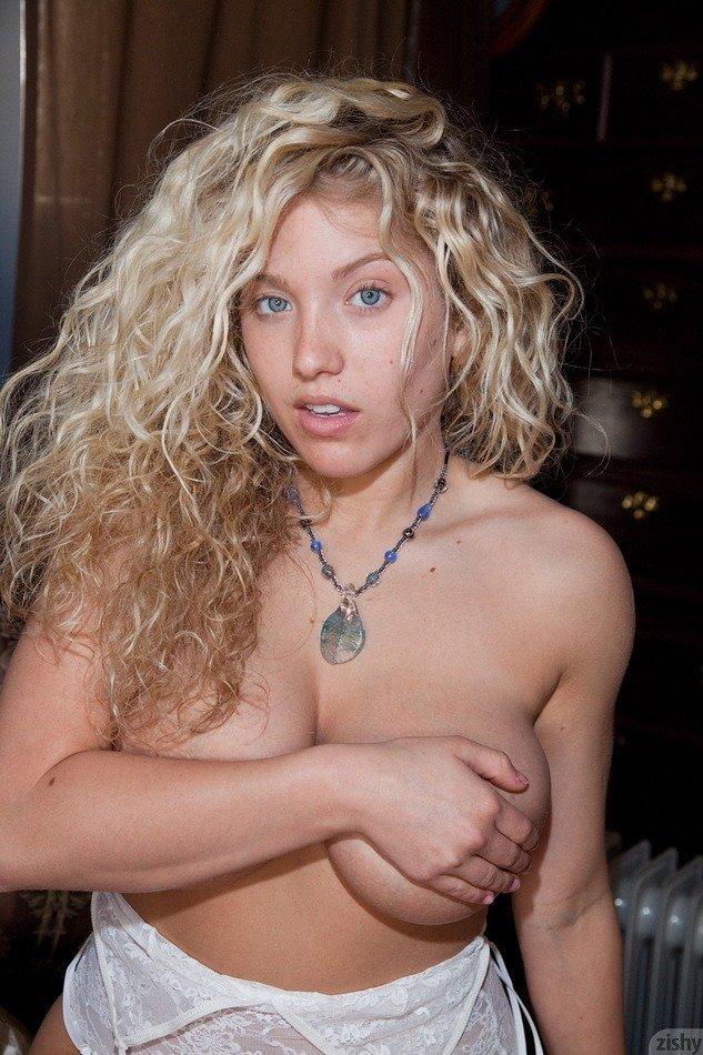 free nicole garcia naked