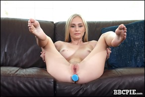 bbc-pie-alicia-williams-06